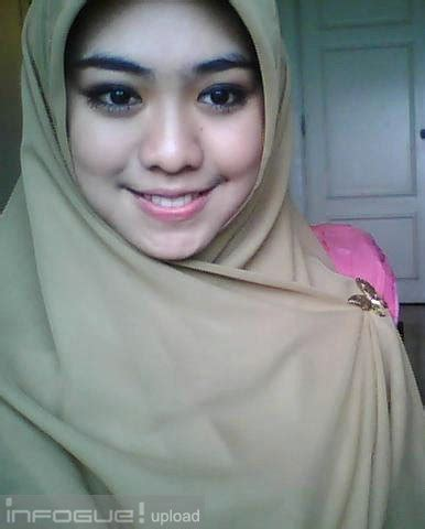 Jilbab Oki Setiana Dewi Followers Oki Setiana Search Results Coloring Pages