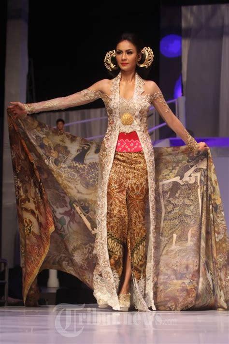 anne avantie muslim kebaya 20140904 153354 fashion show anne avantie 25 tahun
