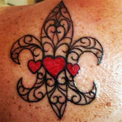 fleur de lis cross tattoo 1000 images about fleur de lis on new orleans