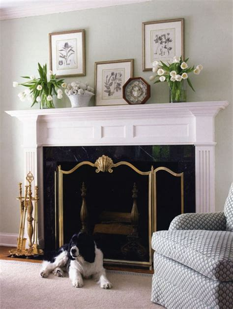 How To Decorate A Mantel by 6 Ways To Decorate Your Mantle