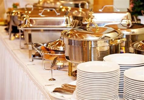 dishes for buffet what are chafing dishes with pictures