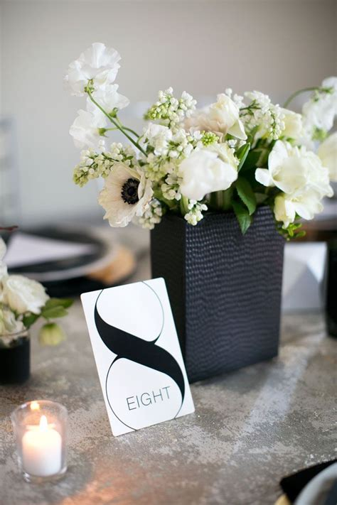 black and white table arrangements best 25 black and white centerpieces ideas on