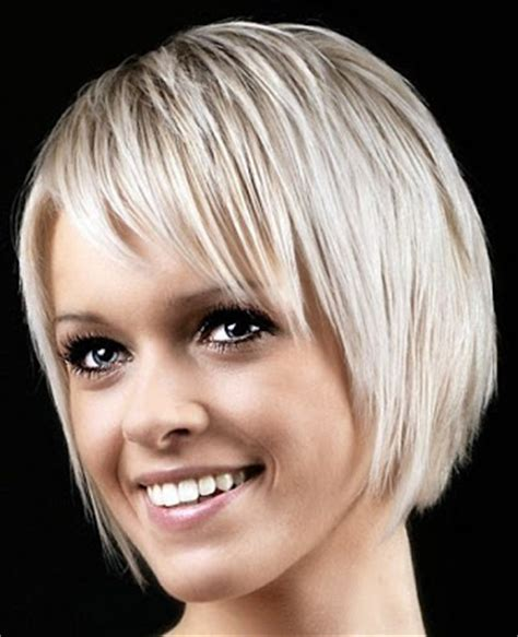 easy care hairstyle for fine hair with bangs and centre parting short hairstyles 2012 hairstyle