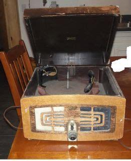 wood cabinet cd player vintage rca logo phonograph music radio record nipper dog