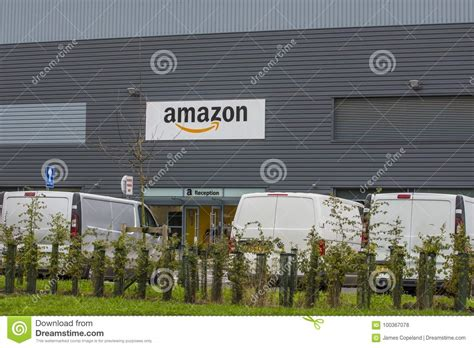 amazon warehouse leeds uk 6 september 2017 amazon distribution centre