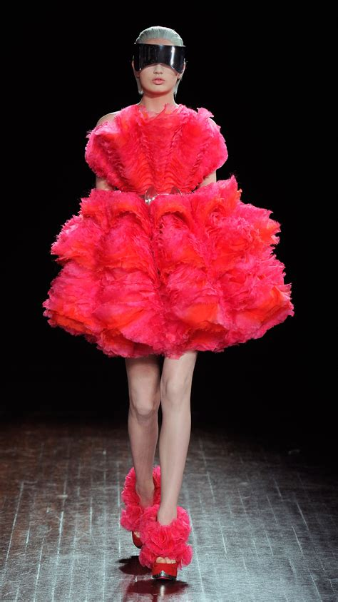 dress fashions by catwalk mcqueen autumn winter 2012 runway clothes fashion