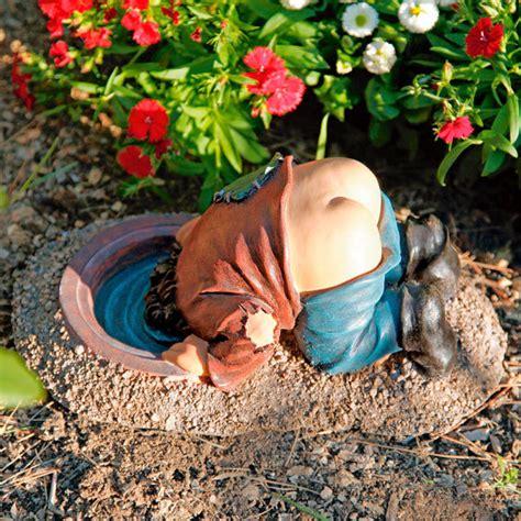 Gartendeko Opa by Gartenfigur Leo Mit Nacktem Po Kaufen Bei G 228 Rtner