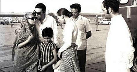 gandhi biography family 7 things you need to know about the sonia gandhi biography