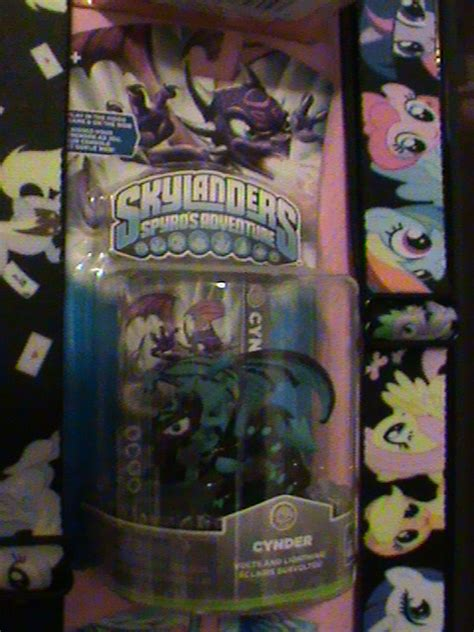 Kaos Custom Just Do It skylanders kaos minion cynder custom by krazykari on