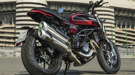 tuerkiyeye henuez gelmeyen  harika motosiklet motosiklet