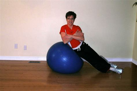 advanced side crunch   exercise ball