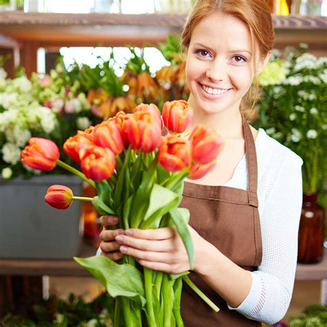 Flower Shop Delivery by The Florist Association Support Your Local