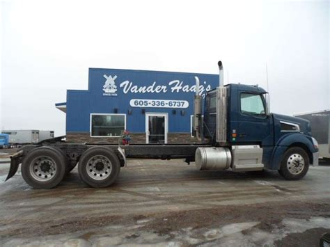 used volvo 880 truck sale volvo vt64t880 for sale used trucks on buysellsearch