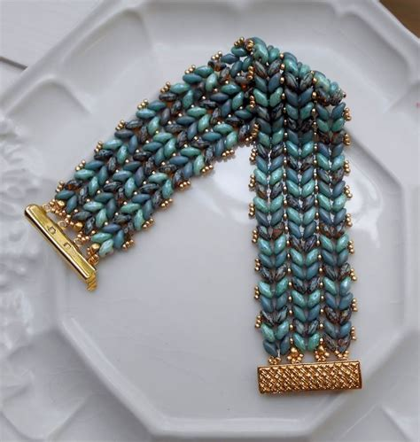 free patterns using superduo beads class descriptions the beadtender twin super duo