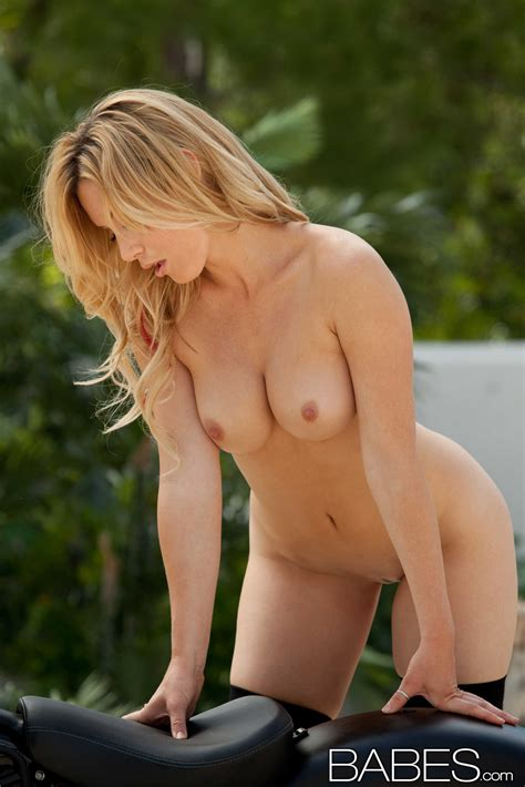 Beautiful Blonde Is Posing Almost Naked Photos Kayden