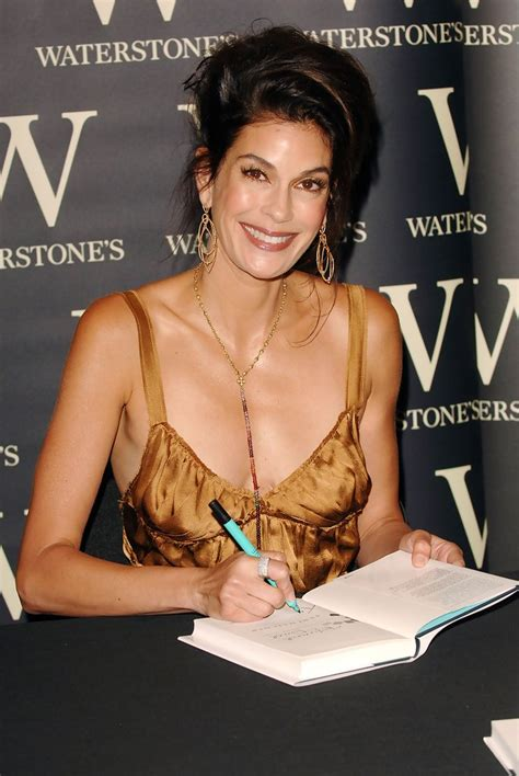 Hatcher Attends Sapporo 2006 Movieline Style Awards by Teri Hatcher Photos Photos Signing
