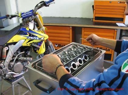 vasca ultrasuoni per officina lavaggio ad ultrasuoni di un motore di una moto honda da