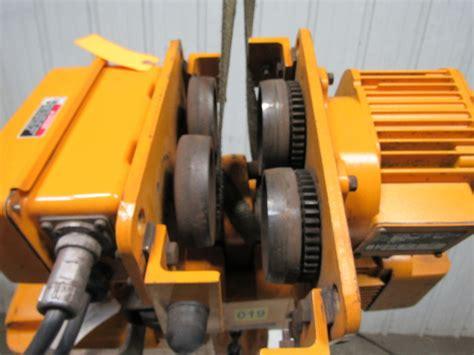 harrington erl electric chain hoist  lb  lift