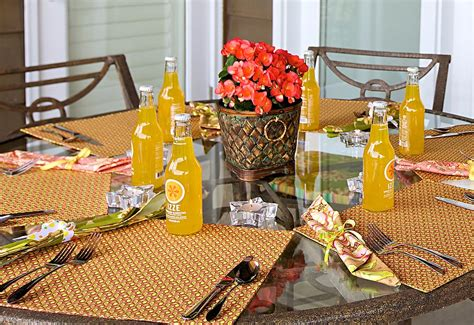 Patio Table Placemats by Patio Table Wedge Placemats Sew4home