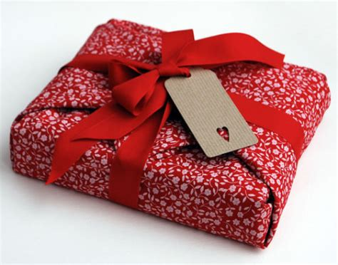 wrap gift 30 creative gift wrapping ideas for your inspiration