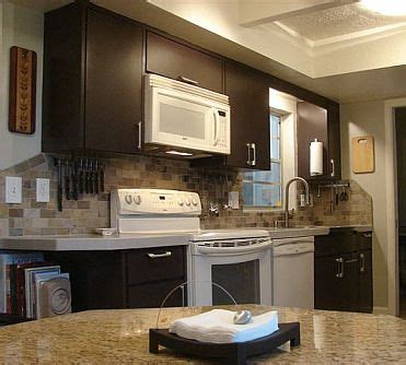 kitchen color schemes with white appliances cabinets with white appliances and backsplash