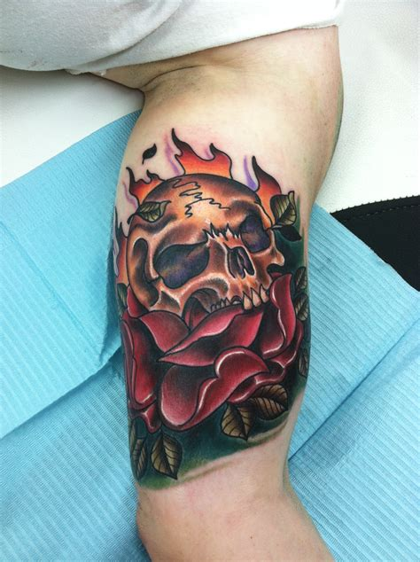 skull and rose sleeve tattoo ohio artist david meek tattoos