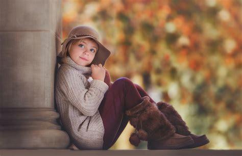 hd wallpaper cute little girl cute little girl pose wallpaper dreamlovewallpapers
