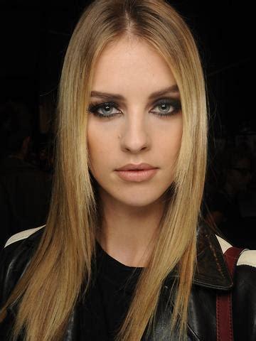 sehr duenne blonde haare abschneiden lassen haarfarbe