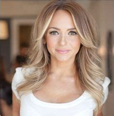 middle part and short layers 1000 images about haircut ideas on pinterest middle