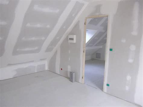 Amenagement Chambre Sous Comble 2350 by Combles Amenages Non Declares Oveetech