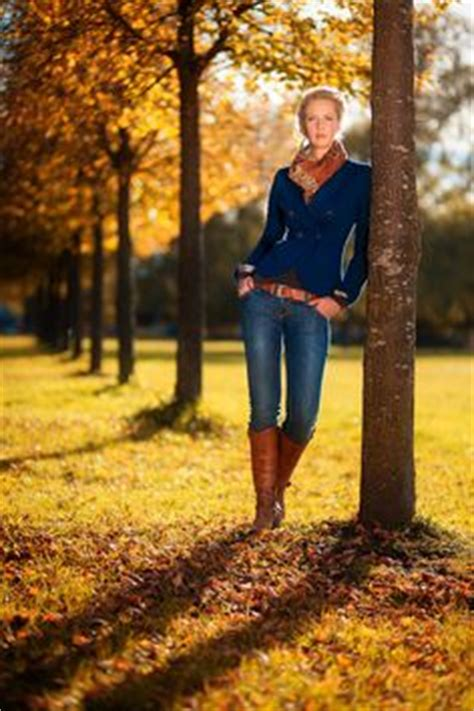1000 images about fall photoshoot ideas on pinterest photoshoot senior photos and autumn