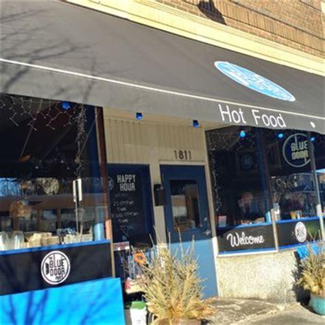 the blue door pub 271 photos 647 reviews burgers