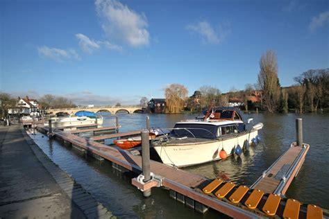 thames river moorings henley moorings floating river moorings to rent in henley