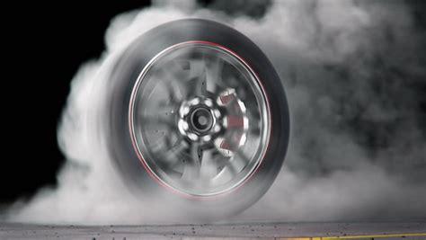 Motorrad Reifen Qualmen by Extreme Tire Burnout On Asphalt Lots Of Smoke Heat