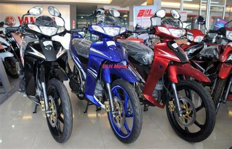 Skuter Merah 3 Roda Gambar Biru bahas 2 stroke yamaha malaysia luncurkan yamaha 125z 2012 asmarantaka s personal