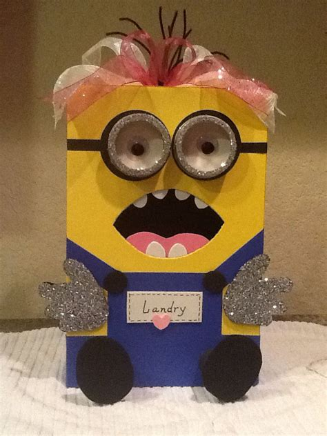 How To Make A Minion Out Of Construction Paper - minion box made from a shoe box construction