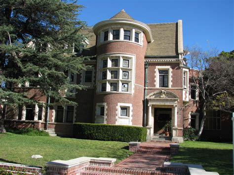 workaholics house address movie locations and more american horror story 2011