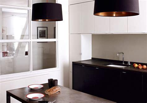 cuisine 駲uip馥 noir et blanc la cuisine et blanche plus contemporaine que jamais