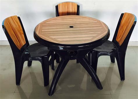 Molded Dining Table Injection Molded Plastic Dining Table Manufacturer In Kolkata West Bengal Id 1065409