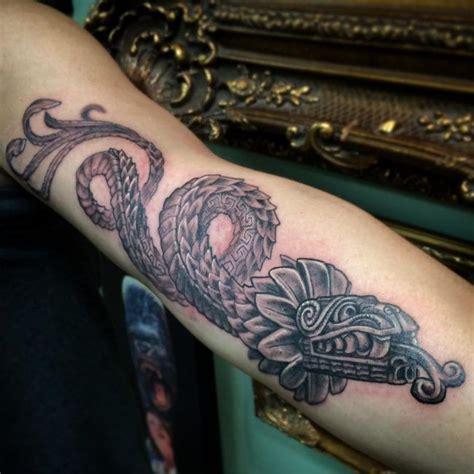 imagenes de tatuajes de quetzalcoatl m 225 s de 25 ideas incre 237 bles sobre tatuajes de quetzalcoatl