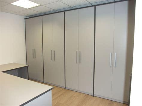 cerco armadio armadio ufficio usato occasione armadio in metallo usato