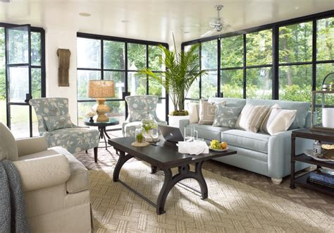 Thomasville Living Room - in atlanta homes with thomasville furniture