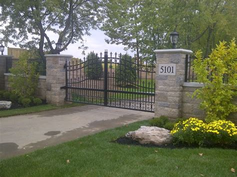 Paver Designs 5736 by Driveway Gates Traditional Home Fencing And Gates