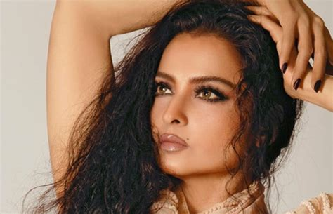 biography rekha 10 shocking details revealed in the biography rekha the