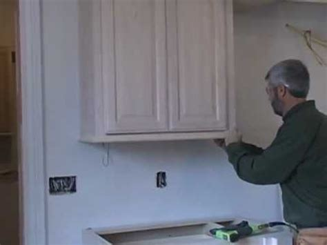 how to finish the top of kitchen cabinets moldings finish and trim with gary striegler part 14