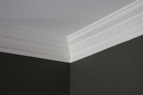 the yellow cape cod 31 days of character building super thick crown molding trick