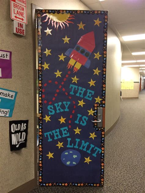 space themed door decorations 1295 best images about preschool bulletin boards and