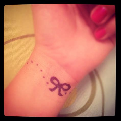 cute small girly tattoos bow henna ideas