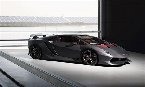 Lamborghini Sesto Elemto Lamborghini Sesto Elemento Hits The Track