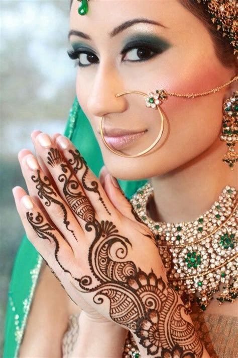 tattoo on indian hand indian hand tattoo india fashion pinterest